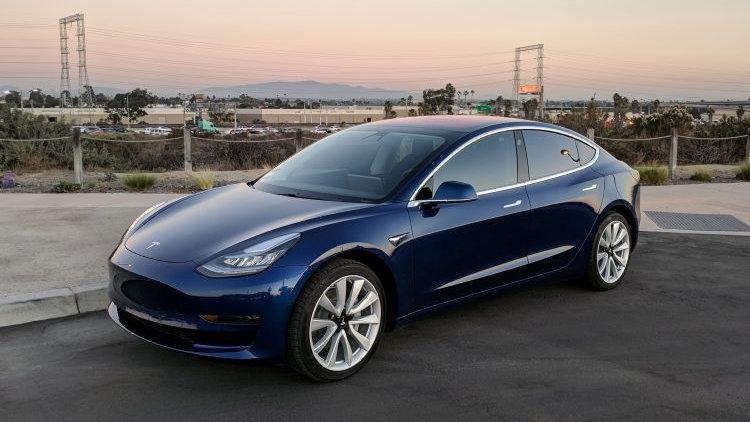 Tesla Model 3, 2017