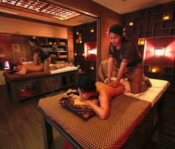 Relaxing Oil Massage