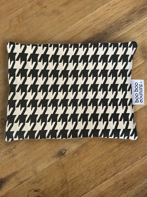 B & W Large Houndstooth