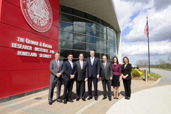 $3M Grant Establishes Advanced Nanomanufacturing Cluster for Smart Centers and Materials (CSSM)