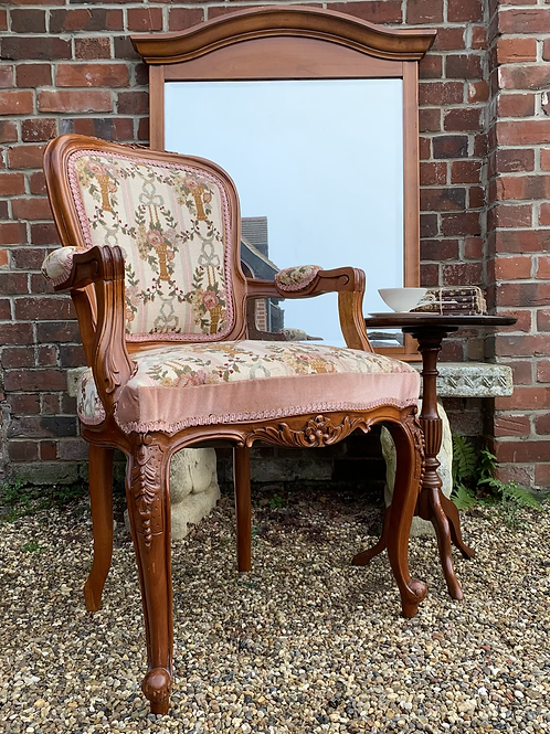 Elegant French Style Bedroom Armchair With Tapestry Upholstery