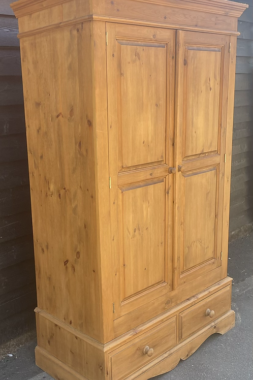 Traditional Good Size Double Waxed Pine Wardrobe With Drawers