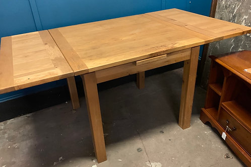 Contemporary Light Oak Draw Leaf Extending Dining Table