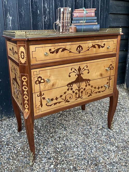 Beautiful Antique Italian Style Petite Chest Of Drawers With Gallery Back