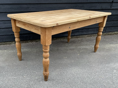 Traditional Waxed Pine 5ft Kitchen Dining Table