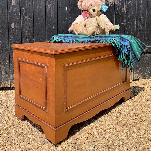 Vintage Traditional Blanket Box On Wheels