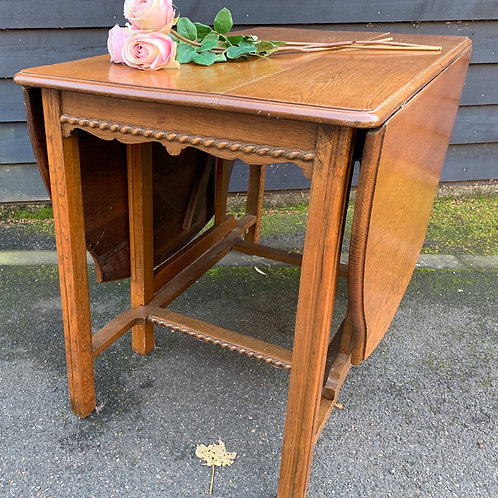 Traditional Vintage Light Oak Drop Leaf Dining Table With Gate Legs