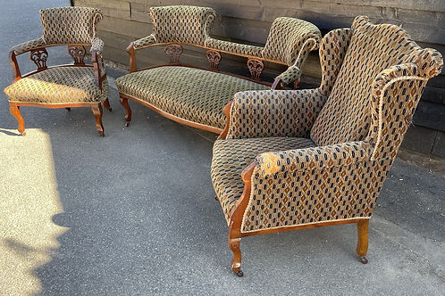 Elegant Edwardian Parlour Suite For Re Upholstery Settee & Armchairs