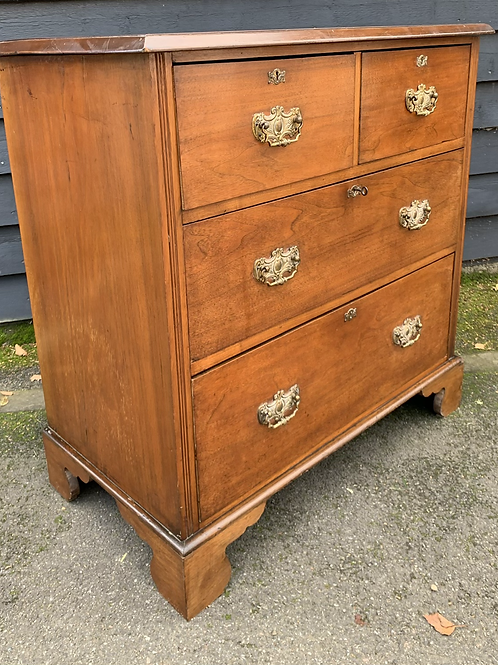 Edwardian Walnut Chest Of Drawers