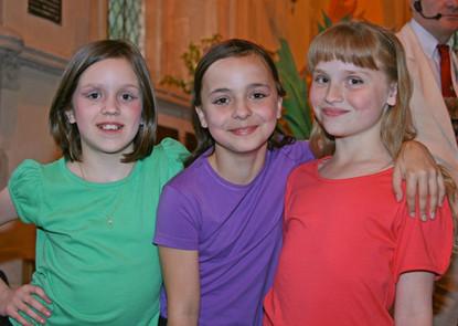 girls-1024x726.jpg