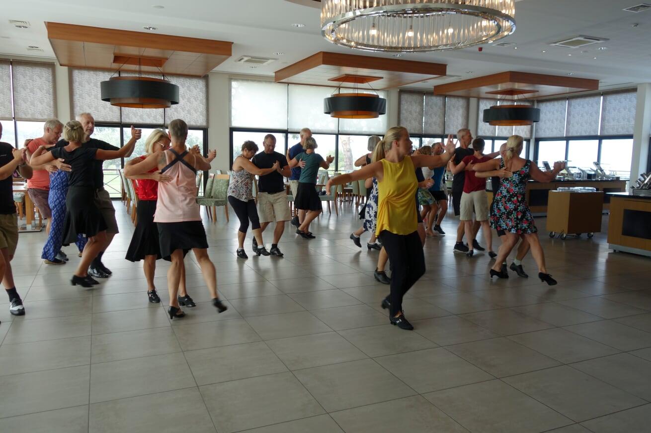 Cypern_dansträning3