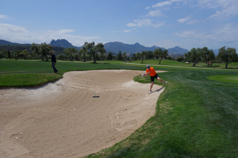Golfskola bunkerslag2