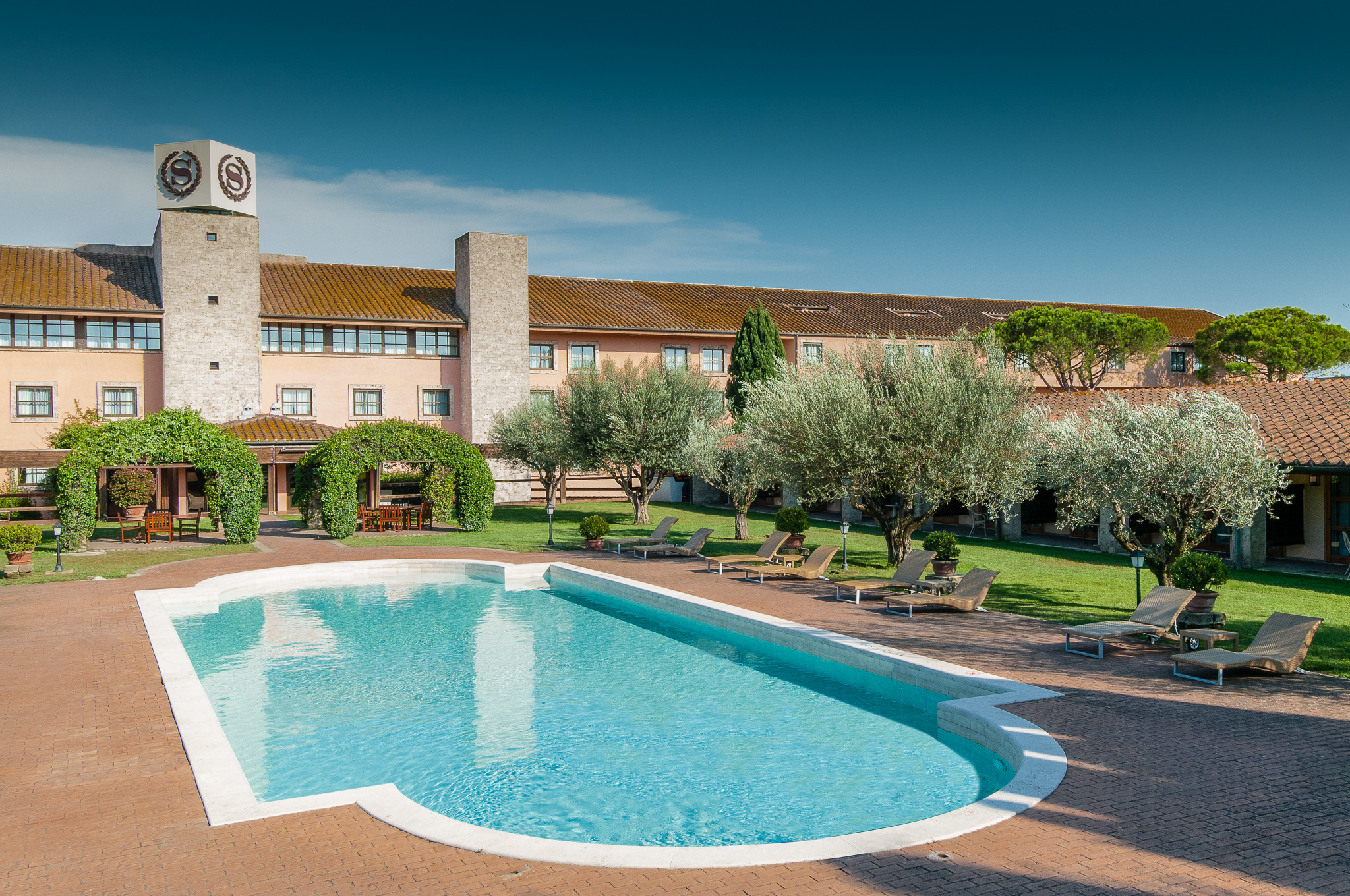 Parco_dé_Medici_pool