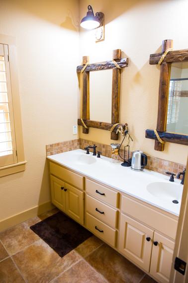 Bunkhouse Bathroom