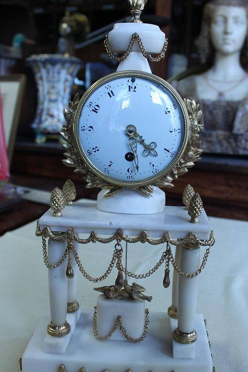 Pendule époque Louis XVI