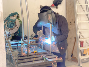 Welding the legs of the dining chair