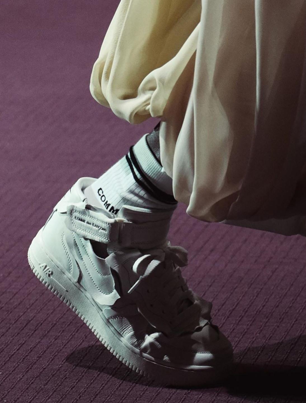 1_COMME_des_GARÇONS_x_Nike's_AF1_Mid_Col