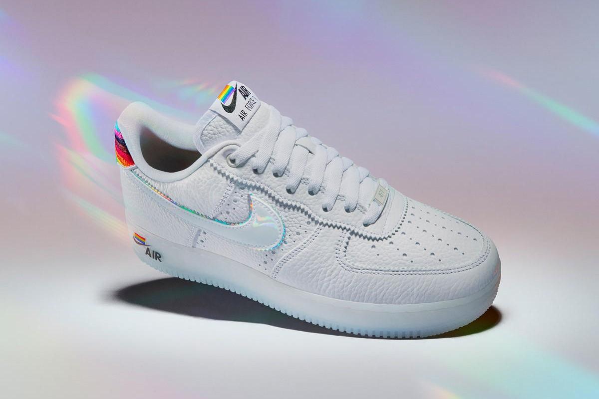 19_Nike x Converse_Be true and Pride Col