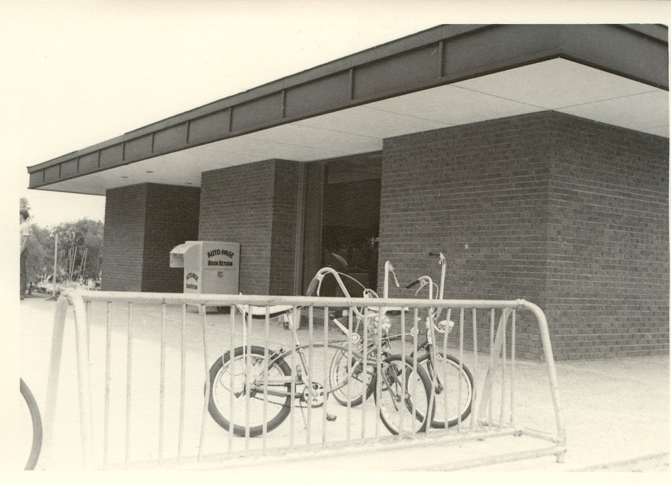 Library - EGR - New Library - 1969 - 746