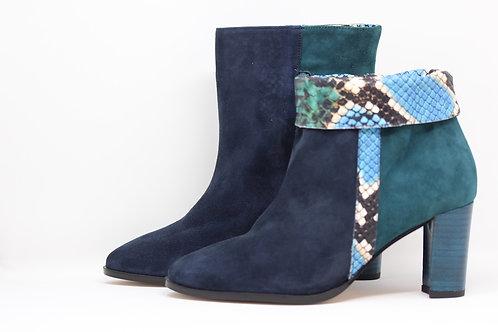 boots bleu python