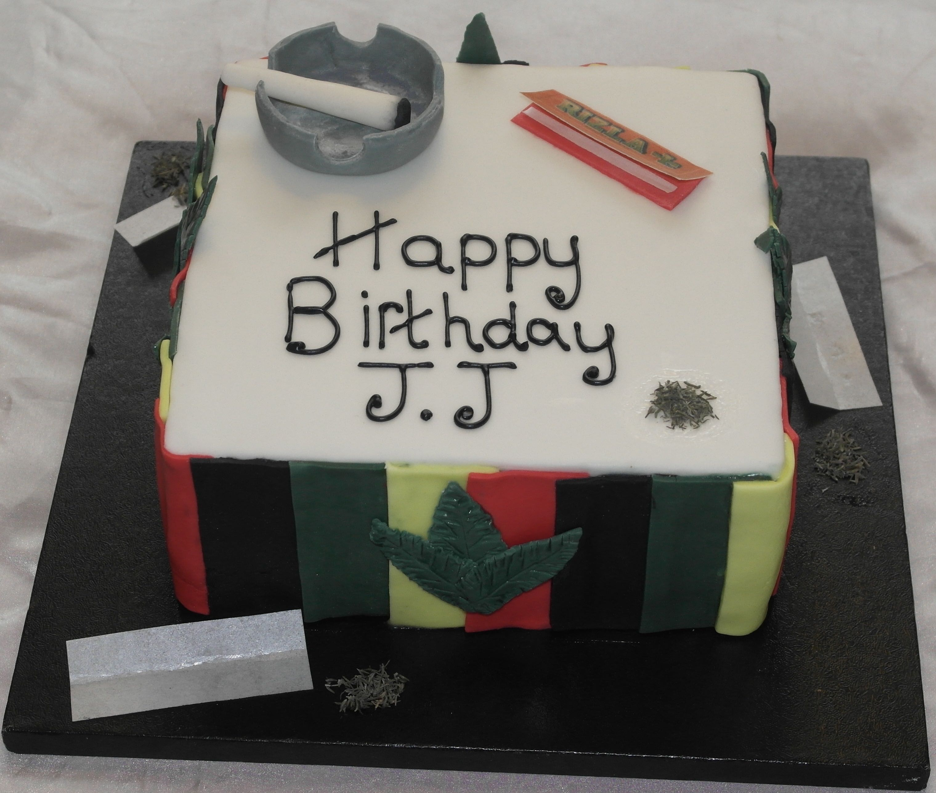 Weed Accessory Cake