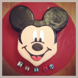 Micky Mouse Birthday Cake