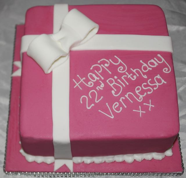 22nd Birthday cake with Fondant Bow