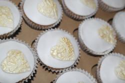 Gold Heart wedding cupcakes