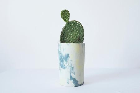 LOU & TOINON pot à fleur en béton
