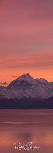 Sunrise Lakestone Lodge Mackenzie NZ