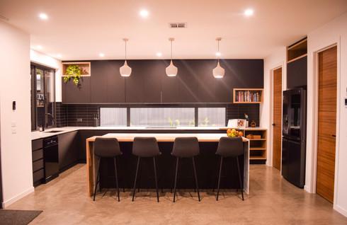 Filippin Kitchen Bench.jpg