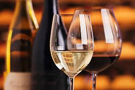 Heurigen, Weinglas.jpg