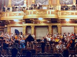 ウィーン トーンキュンスオーケストラ演奏会 テノール独唱 1972.12. ウィーン楽友協会大ホール  ウィーンジュネッセ合唱団 オーストリア放送協会放送 05
