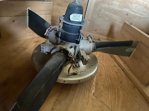 Piper Cheyenne three-bladed block in good condition / no form1