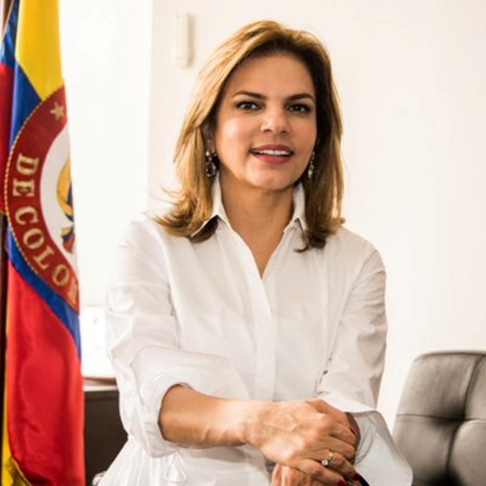 Flavia Santoro Trujillo