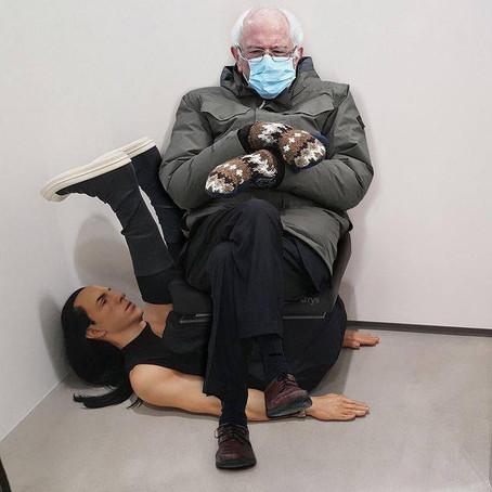 Самый горячий мем от американского сенатора Берни Сандерса в варежках