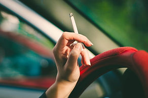 女性持株タバコ