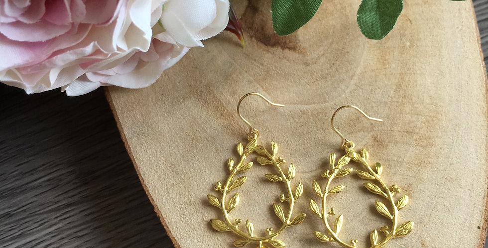 14k Gold Leaf Teardrop Roundel Green Aventurine Earrings