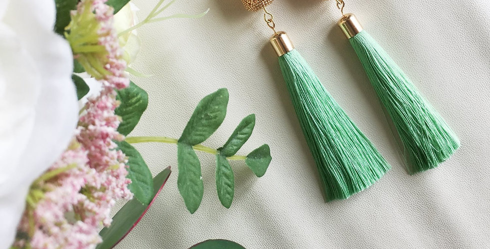 14k Gold Lattice Barrel Long Tassel Earrings