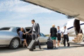 Lincoln town car service for IAD, DCA, BWI airport transfer at lowest rates.