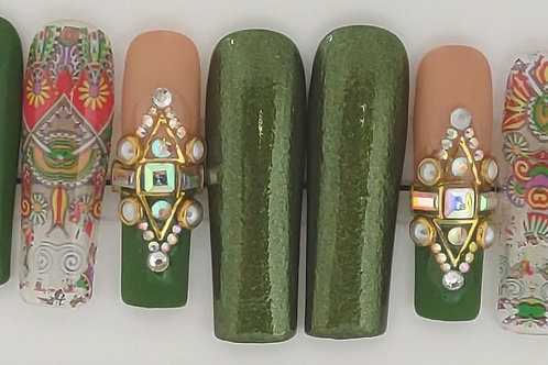 Size Medium Green Aztec Set