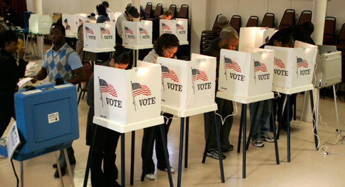 110106_voters_reut_605.jpg