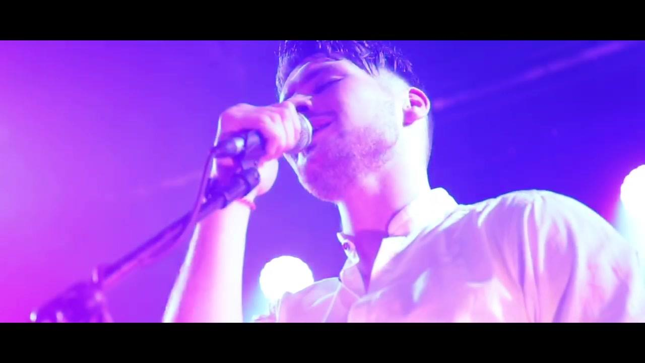 🔻Dakota - Live from the Academy 🔻  Official Video coming soon.....  Get your Button Factory Tickets now ⬇️  https://m.ticketmaster.ie/Brave-Giant-tickets/artist/5243322?tm_link=artist_artistvenue_module