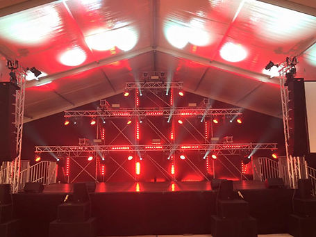Bühne für DJ Harry Kohrt by Exposive Media GmbH
