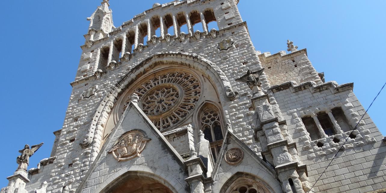 soller-iglesia_1284x642_q75_middle