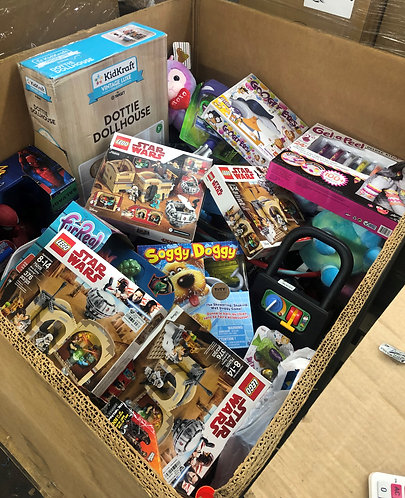 Pallet of Toys & Games