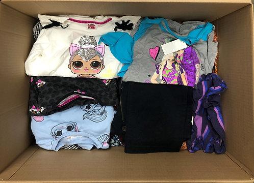 Case Lot of Assorted TGT Clothing - 60 Units - Manifested - Shelf Pulls