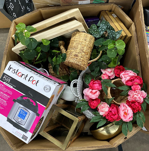 T@RGT Home Goods Pallet - 112 Units - Mixed Conditions