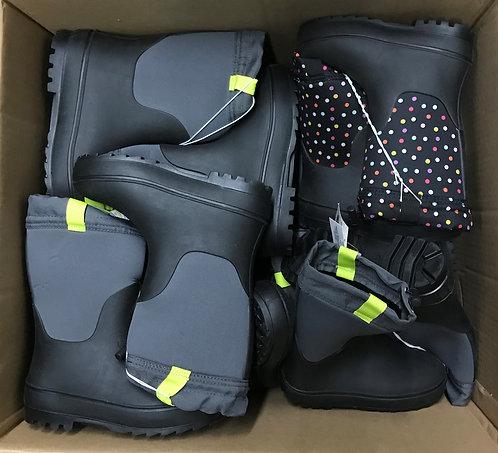 Case Lot of Kid's Winter Boots - 16 Units - Shelf Pulls