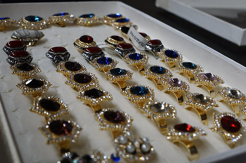 Case Lot: Assorted Fashion Rings - 444 Units - New Condition